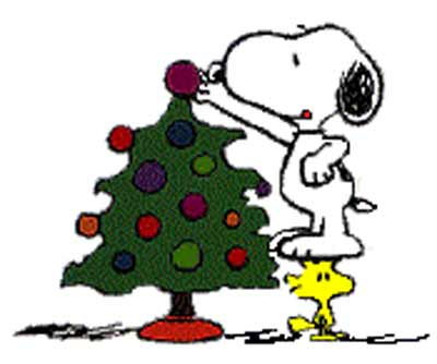 Snoopy-Dog-with-Christmas-Tree-Wallpapers